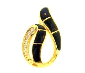 18KY Black Coral Pendant with Diamonds