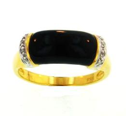 18KY Black Coral Ring with Diamonds